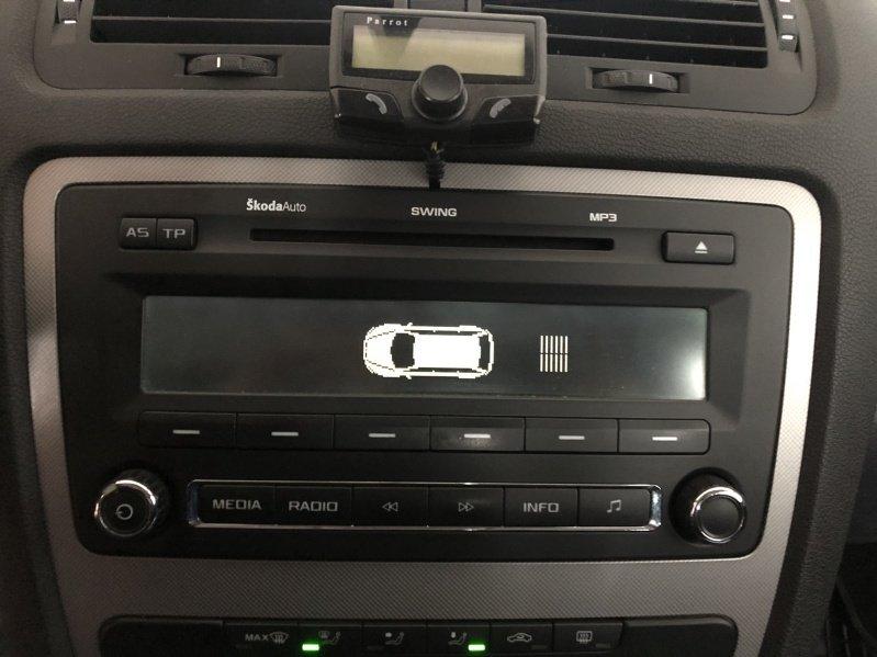 Nakódované rádio swing.